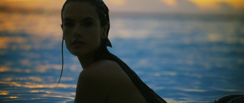 Alessandra Ambrosio Sexy & Topless 3 thefappening.so
