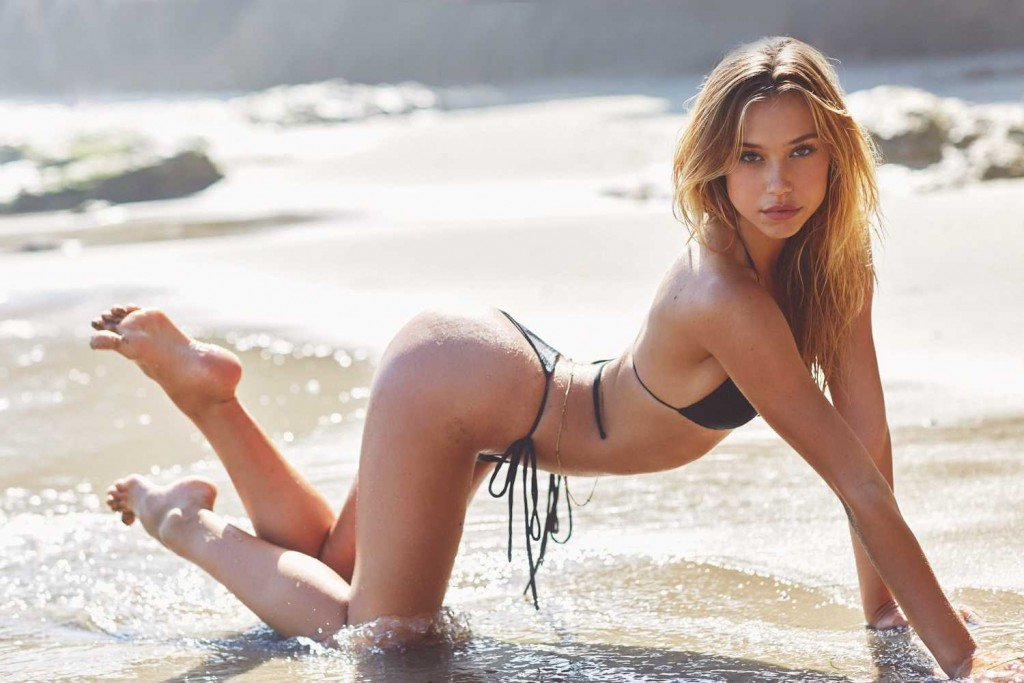 Alexis Ren Sexy 9 thefappening.so