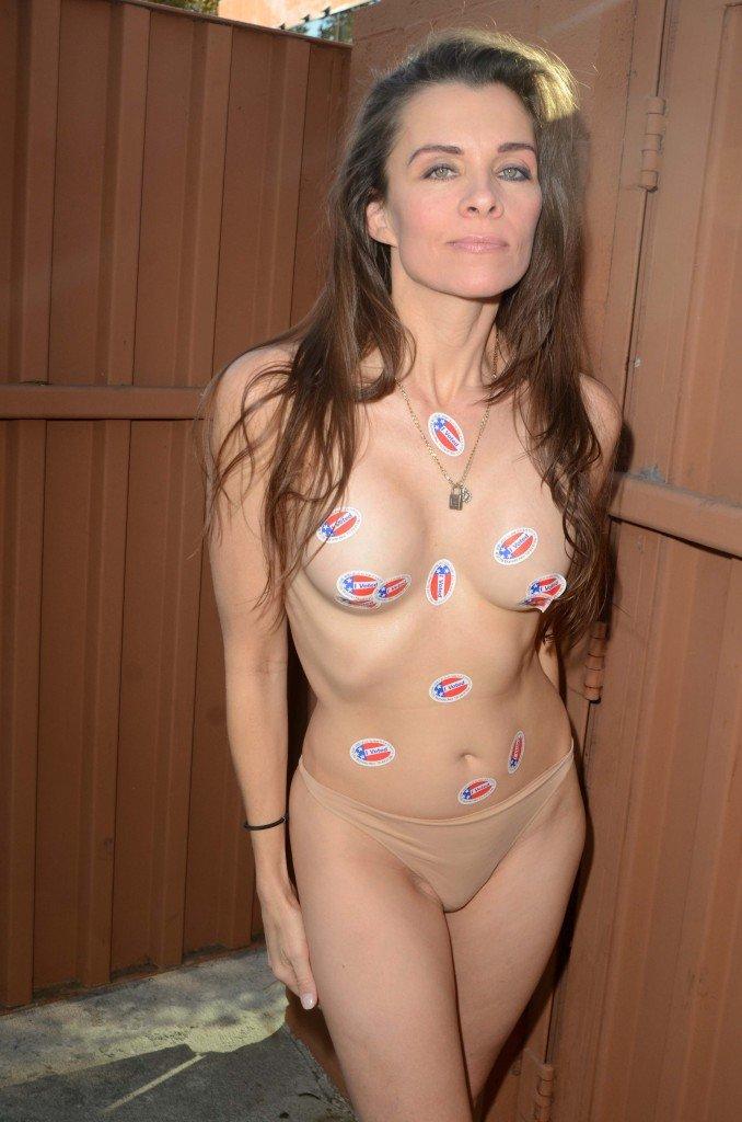 Alicia Arden Topless (34 Photos)