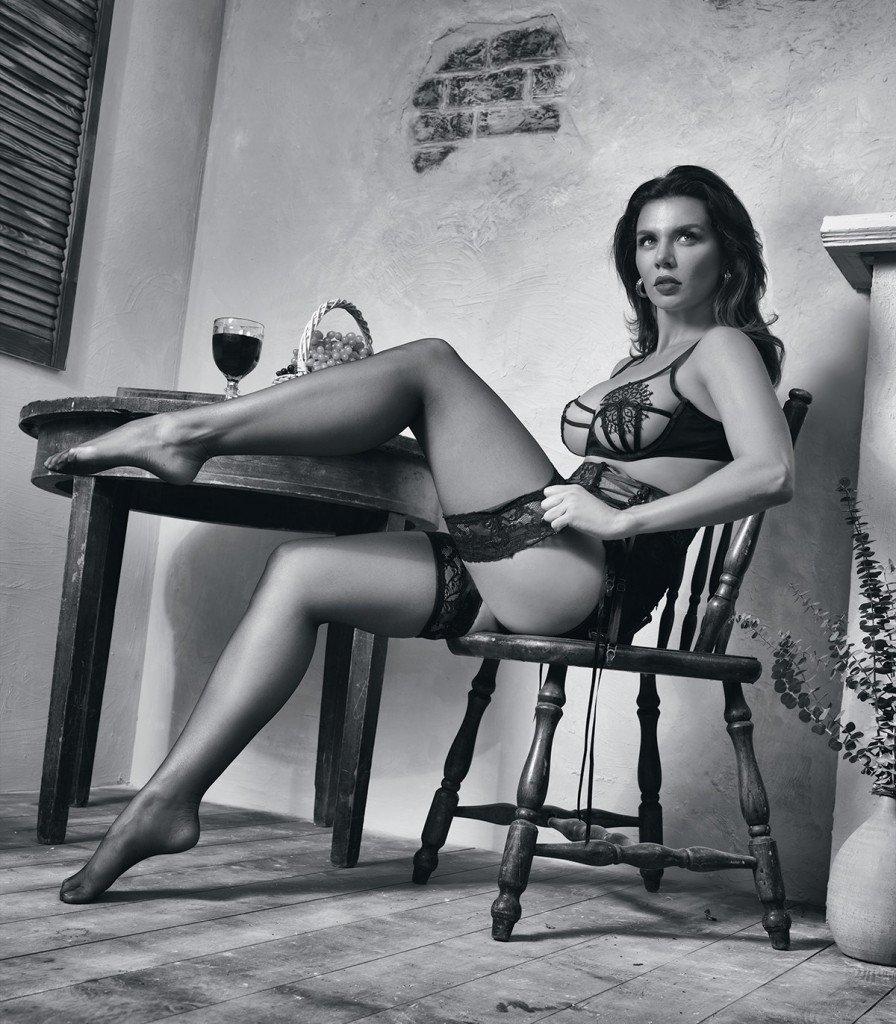 Anna Sedokova Sexy 2