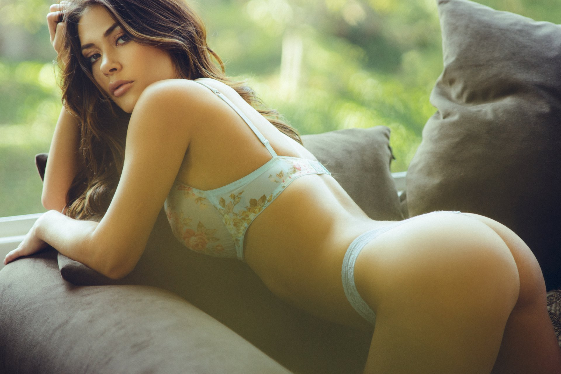 Topless Naked Pictures Of Arianny Celeste Photos