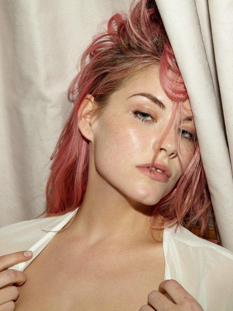 Ashley Smith Nude & Sexy 8