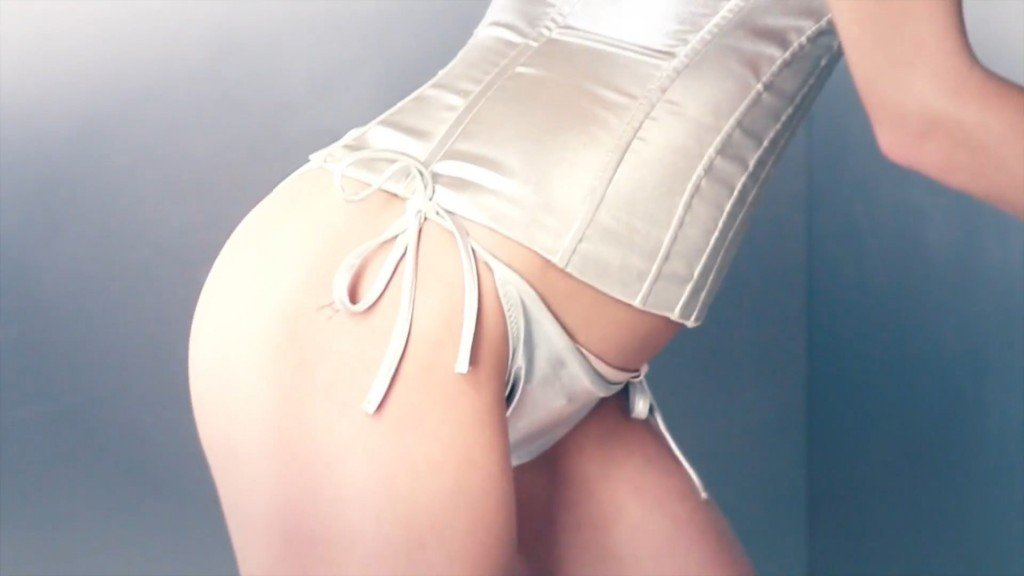 Ashley Smith Topless 7