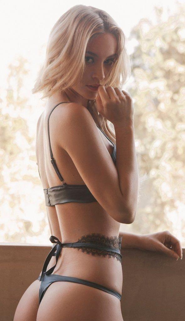 Bryana Holly Sexy (23 Photos)