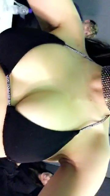 Charli-XCX-Sexy-Snaps-36-thefappening.so_.jpg