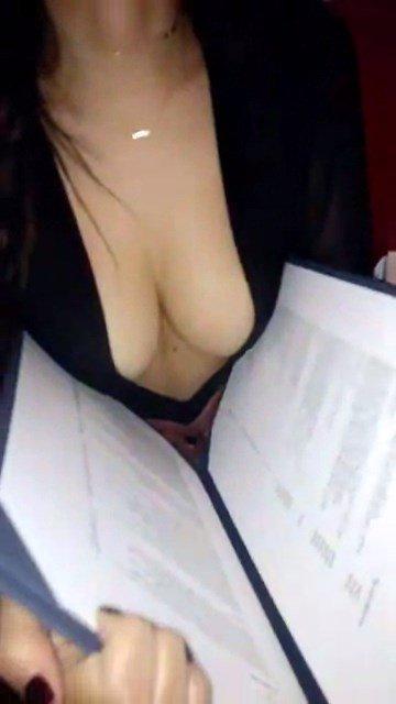 Emily Ratajkowski Sexy Snaps 2
