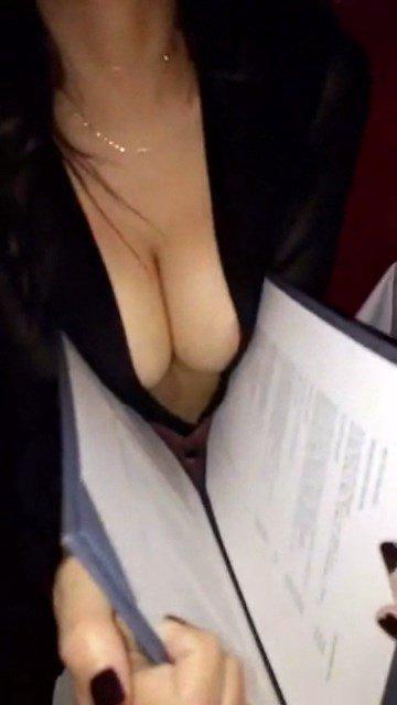Emily Ratajkowski Sexy Snaps 4