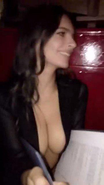 Emily Ratajkowski Sexy Snaps 6