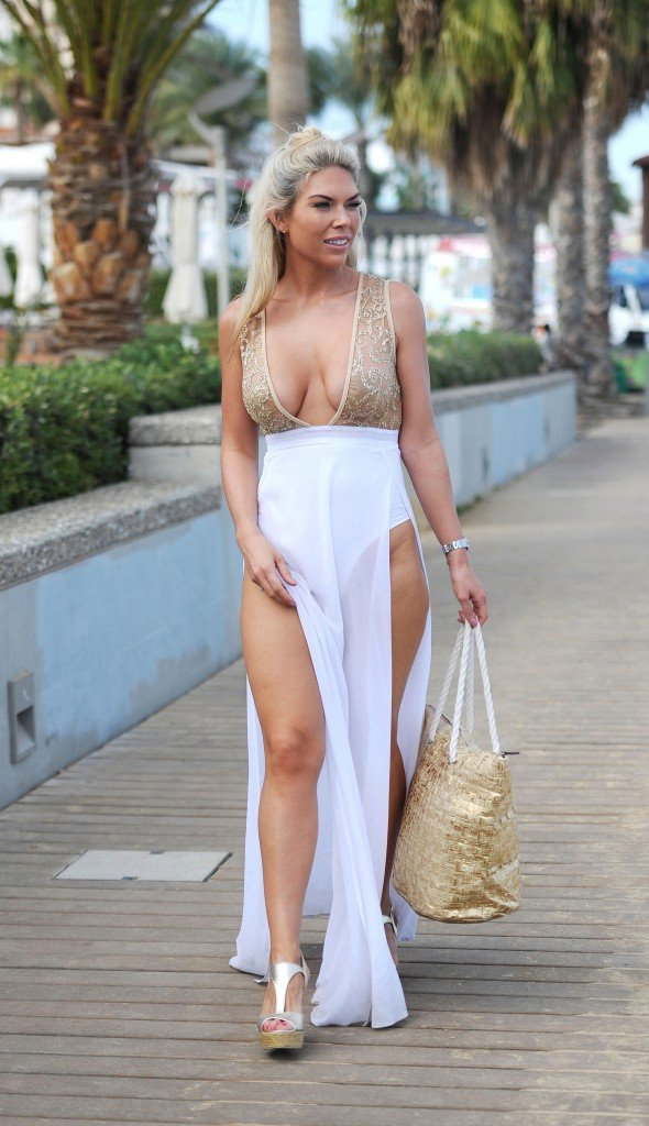 Frankie Essex Cleavage (7 Photos) – Free Sex Photo, Free ...