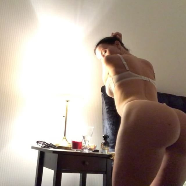 Gayana Bagdasaryan Nude & Sexy 6