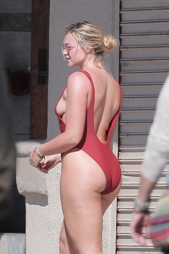 iskra lawrence sexy 37 photos iskra lawrence iskra lawrence ass iskra