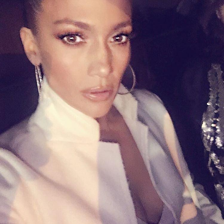 Jennifer Lopez Selfies (3 Photos)