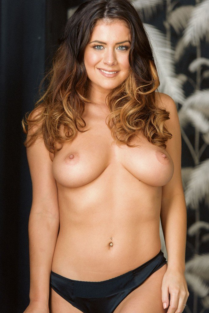November's sexiest unseen Page 3 pics