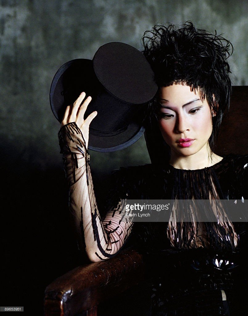 Lucy Liu See Through (2 Photos)