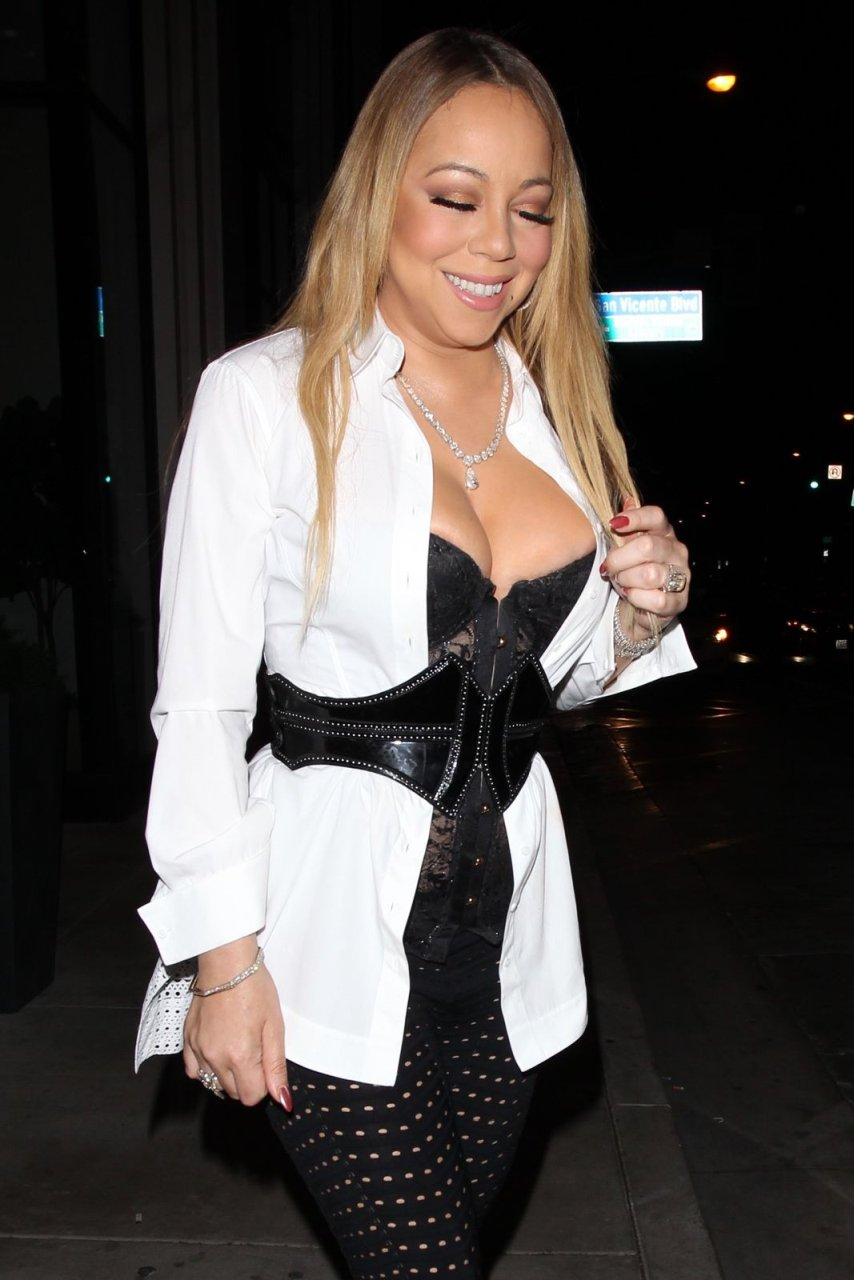 Mariah carey big cleavage confirm