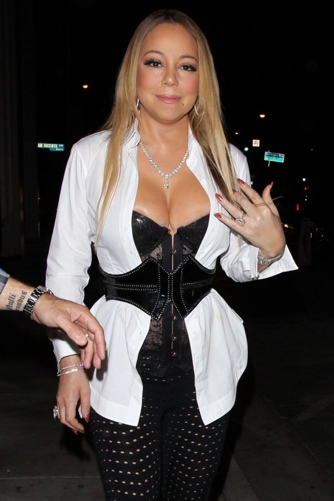 Share your Mariah carey big cleavage consider