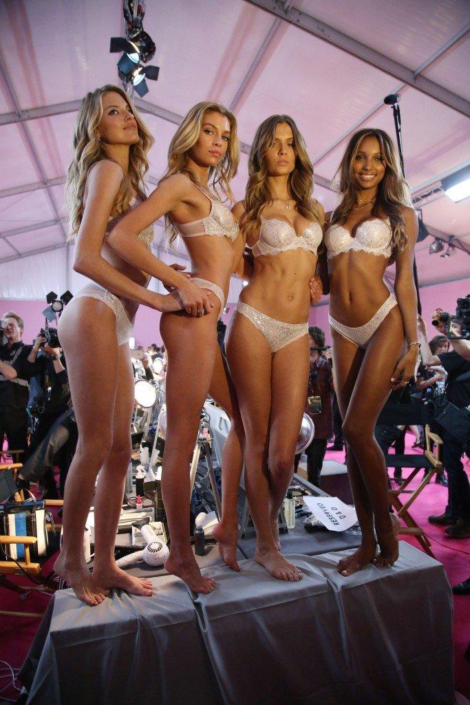 Martha Hunt, Stella Maxwell, Josephine Skriver, Jasmine Tookes Sexy 1