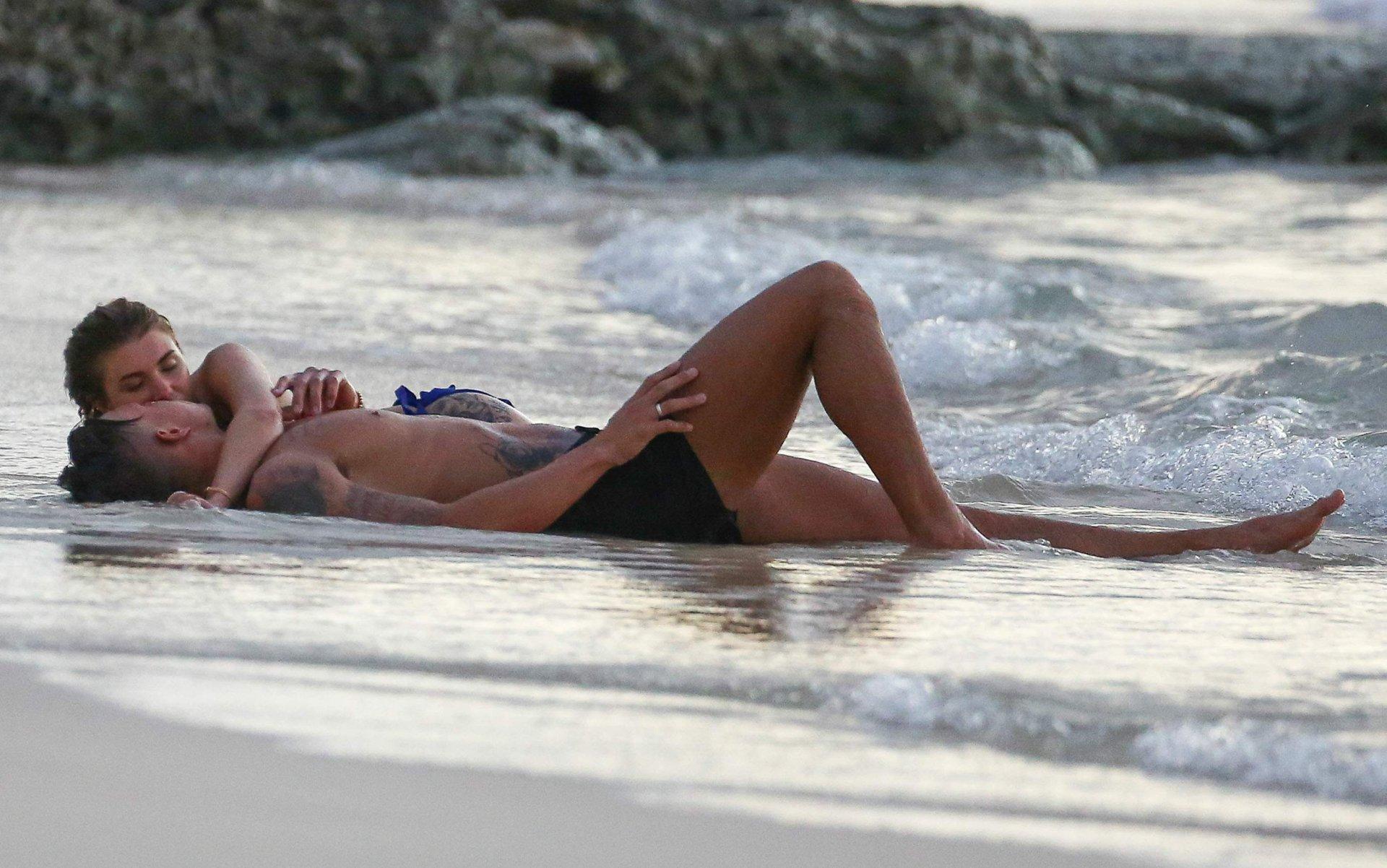 Olivia buckland sexy 29 photos nude (58 photo), Tits Celebrity pics