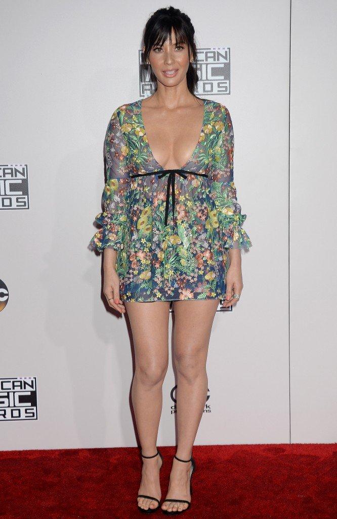 Olivia Munn Braless 2