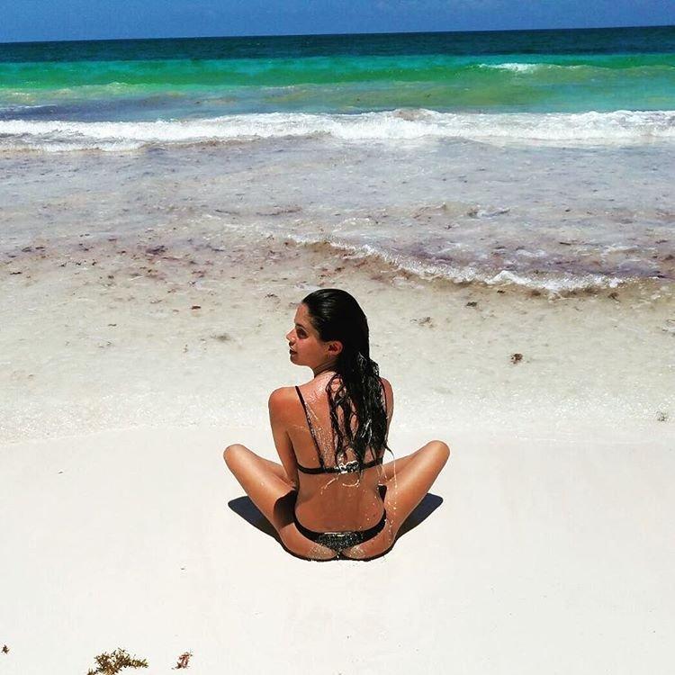 Sara Sampaio, Toni Garrn Sexy & Topless (8 Photos + 3 Video)