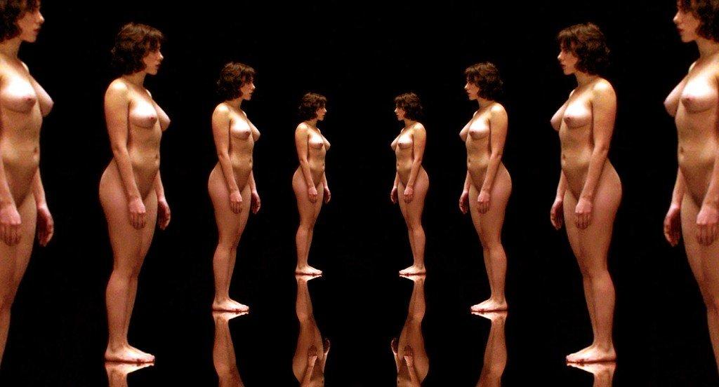 Scarlett Johansson Naked (1 Photo)