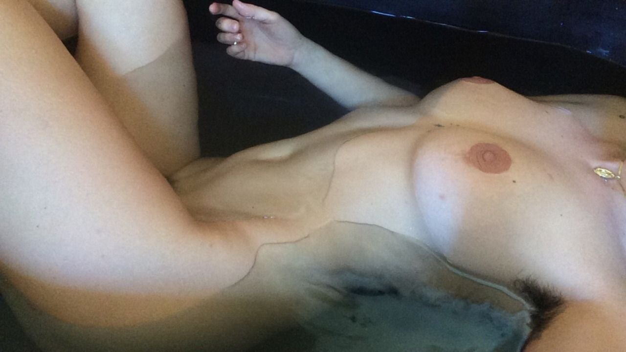 scout willis naked 3 photos thefappening