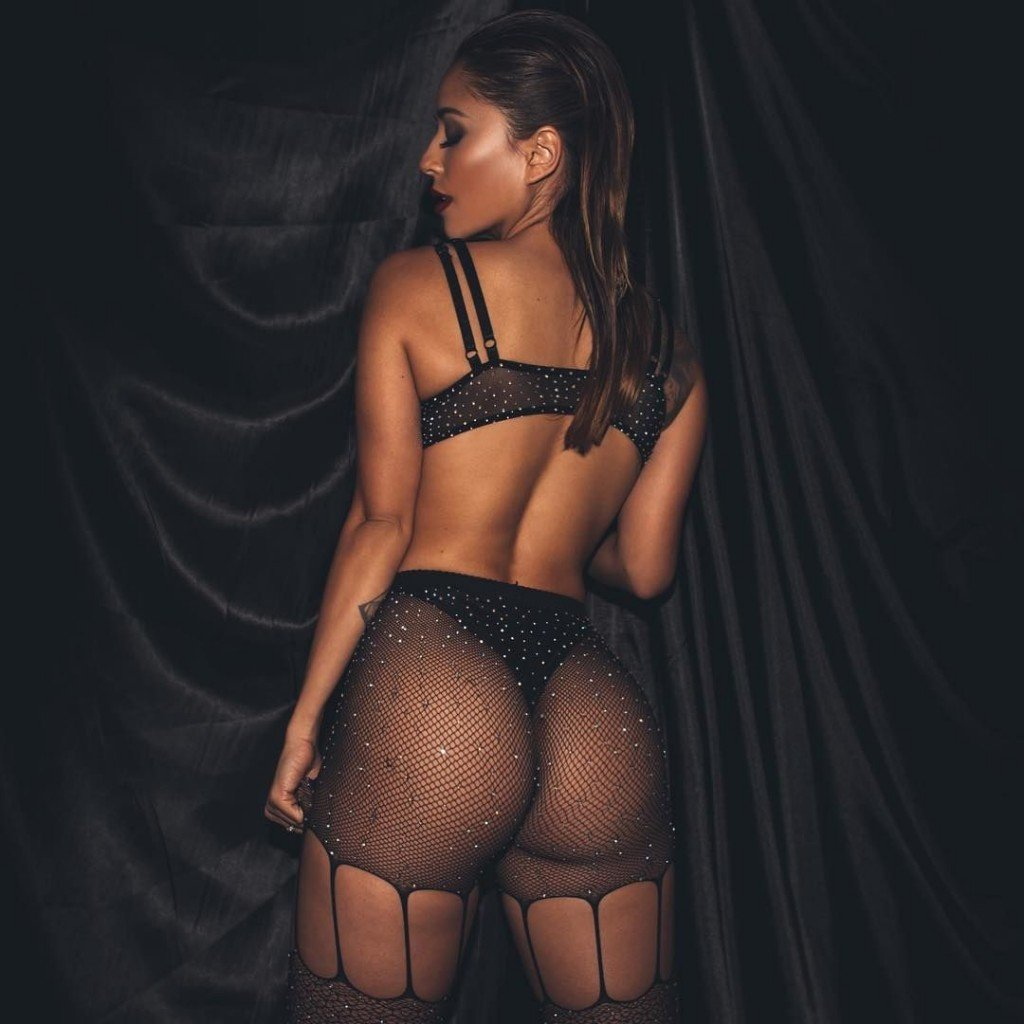 Tianna Gregory Sexy 23