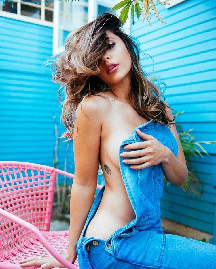 Tianna Gregory Sexy 5