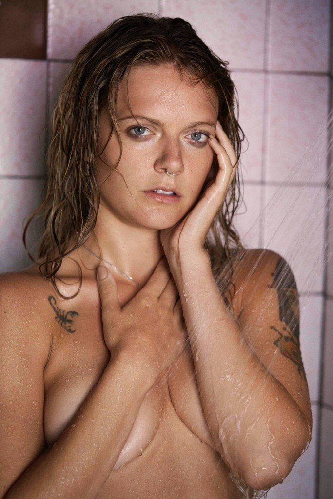 Tove Lo Topless and Sexy (9 Photos)