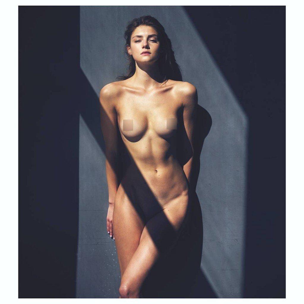 Vika Levina Nude 1