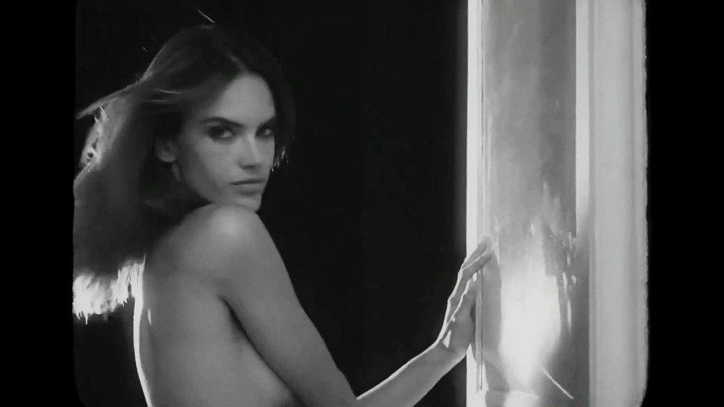 Alessandra Ambrosio Sexy 34