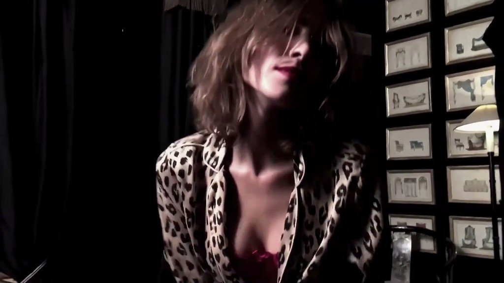 Alexa Chung Sexy 3