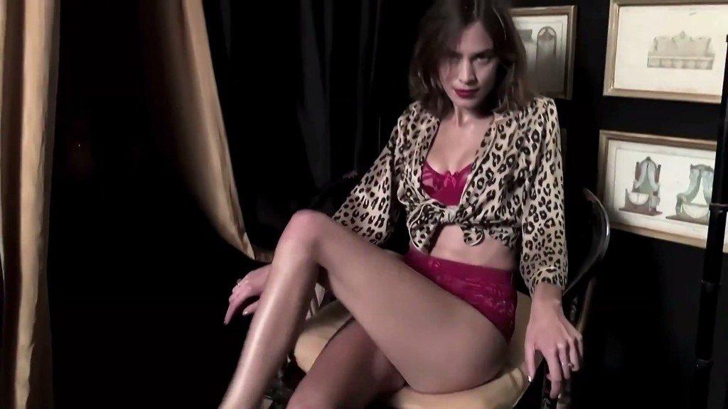 Alexa Chung Sexy 6