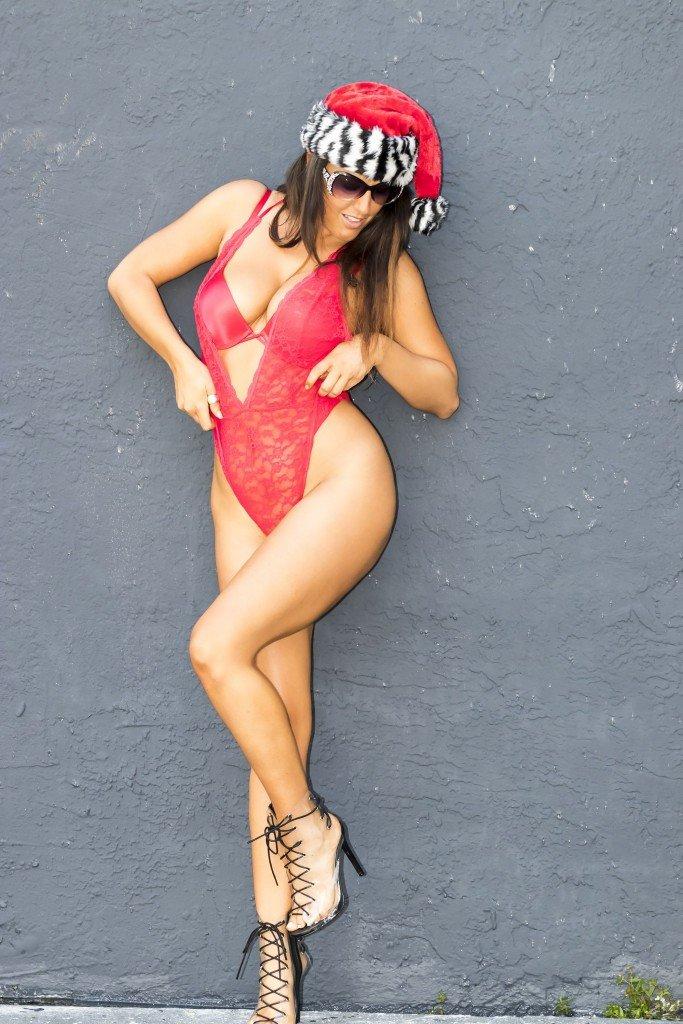 Claudia Romani Sexy (14 Photos)