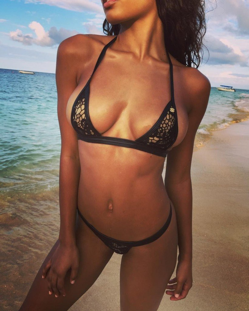 Danielle Herrington Sexy 2 thefappening.so