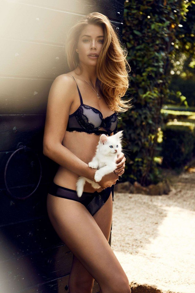 Doutzen Kroes Sexy thefappening.so 4