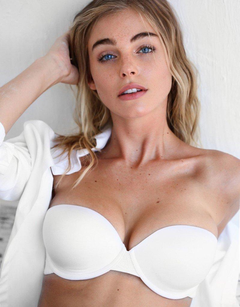 Elizabeth Turner Sexy (11 Photos)