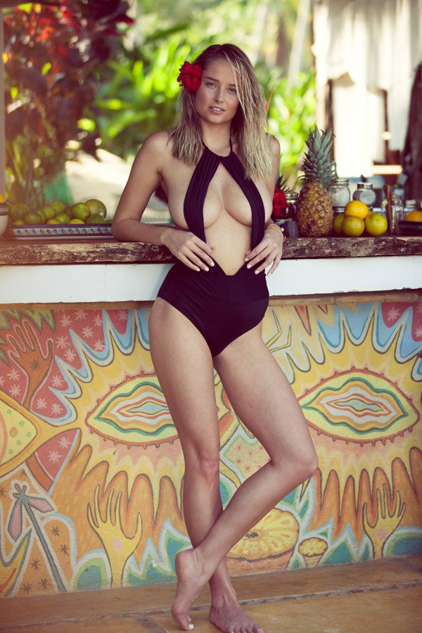 Genevieve Morton Sexy (44 Photos + 2 GIFs + Video)