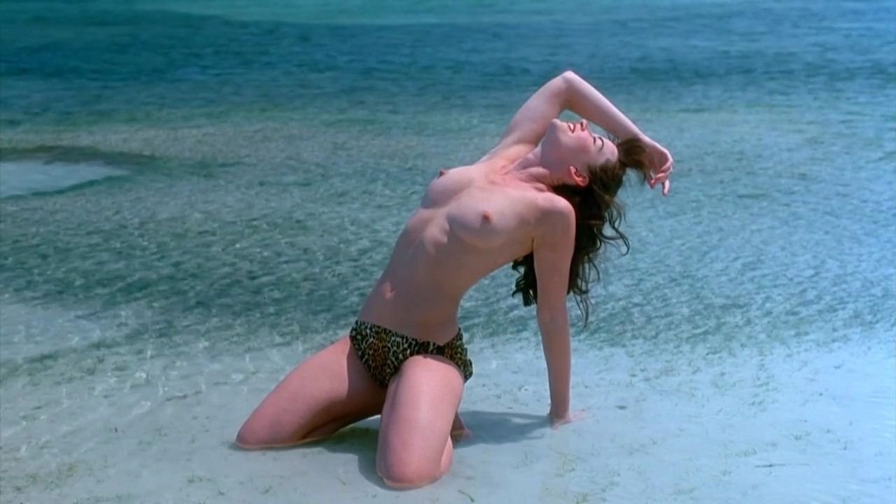 Bikini Gretchen Mol Nude Video HD