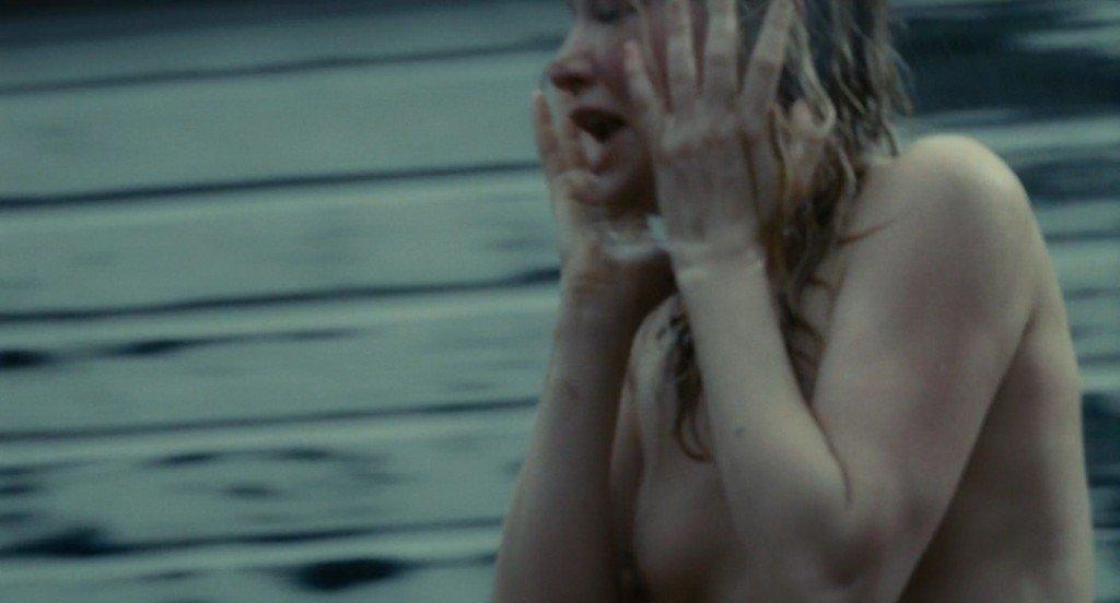 Haley Bennett Nude – The Girl on the Train (2016) HD 1080p