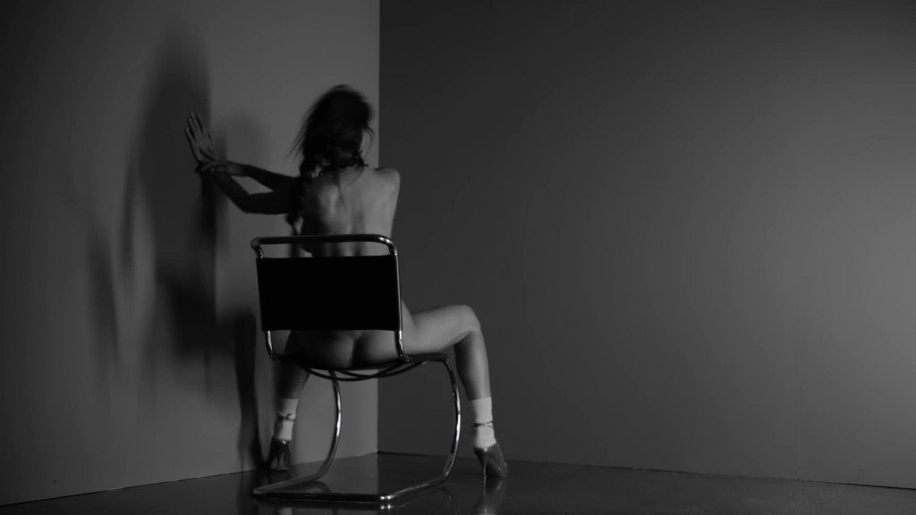 Irina Shayk's Ass (4 Photos + Video)