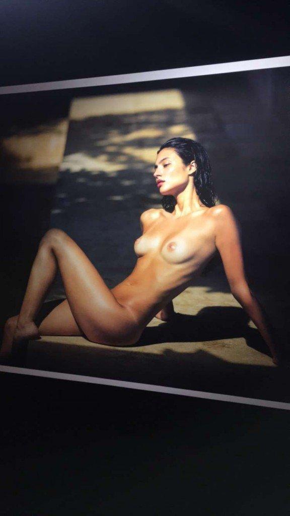 Isabelle Boemeke Nude 9