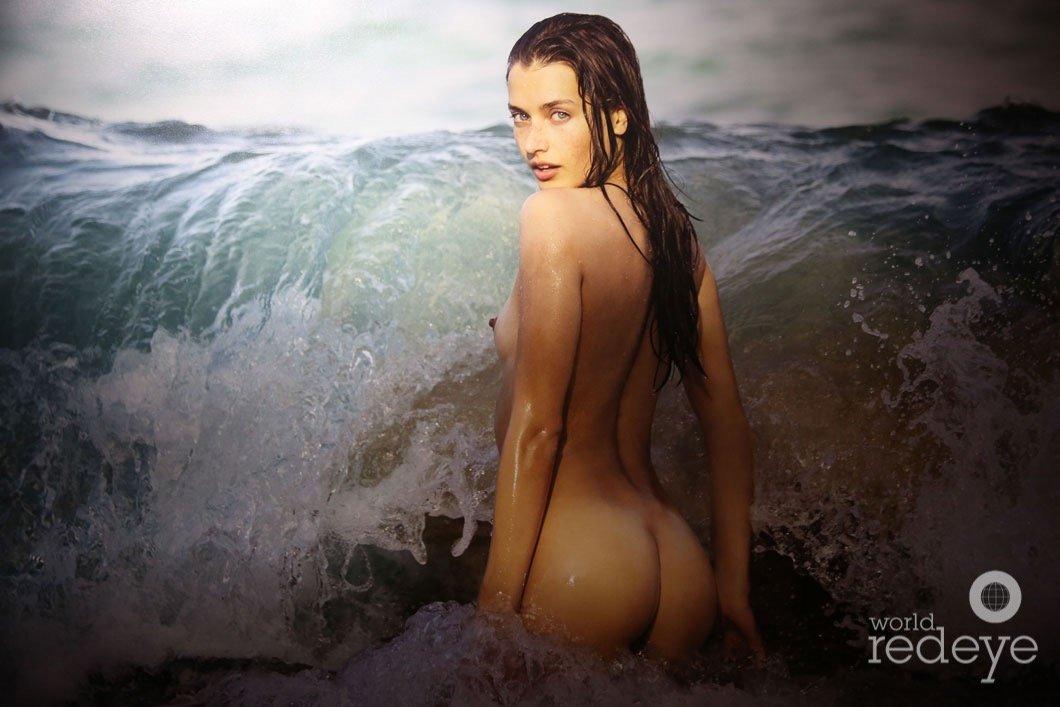 Climaxing nude amateur women gif