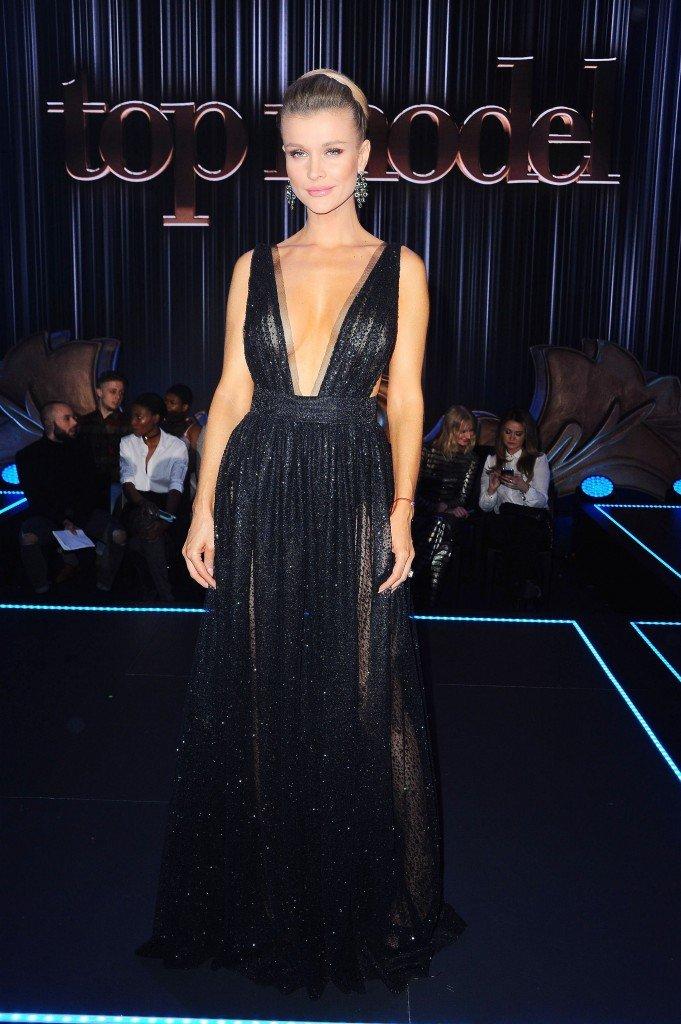 Joanna Krupa Sexy 15