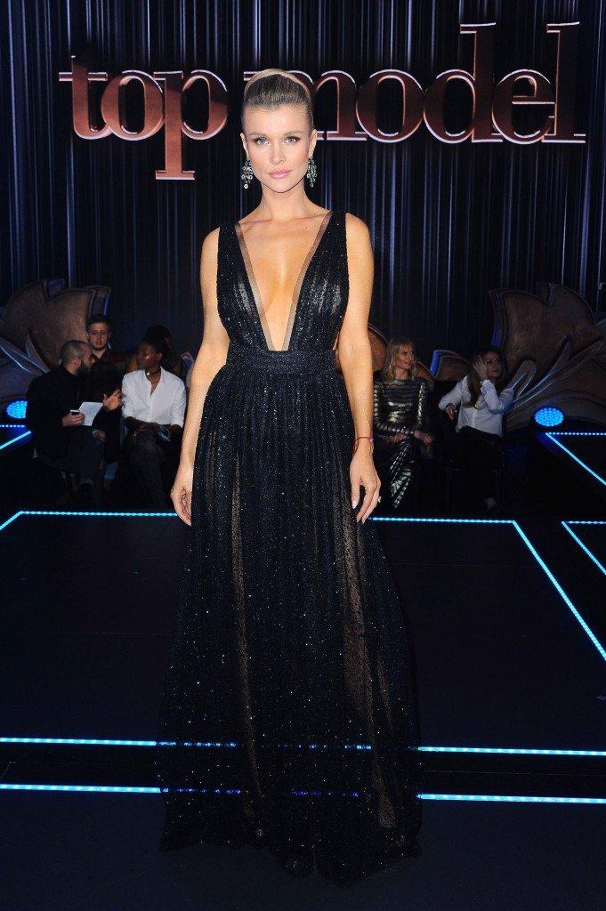 Joanna Krupa Sexy 4