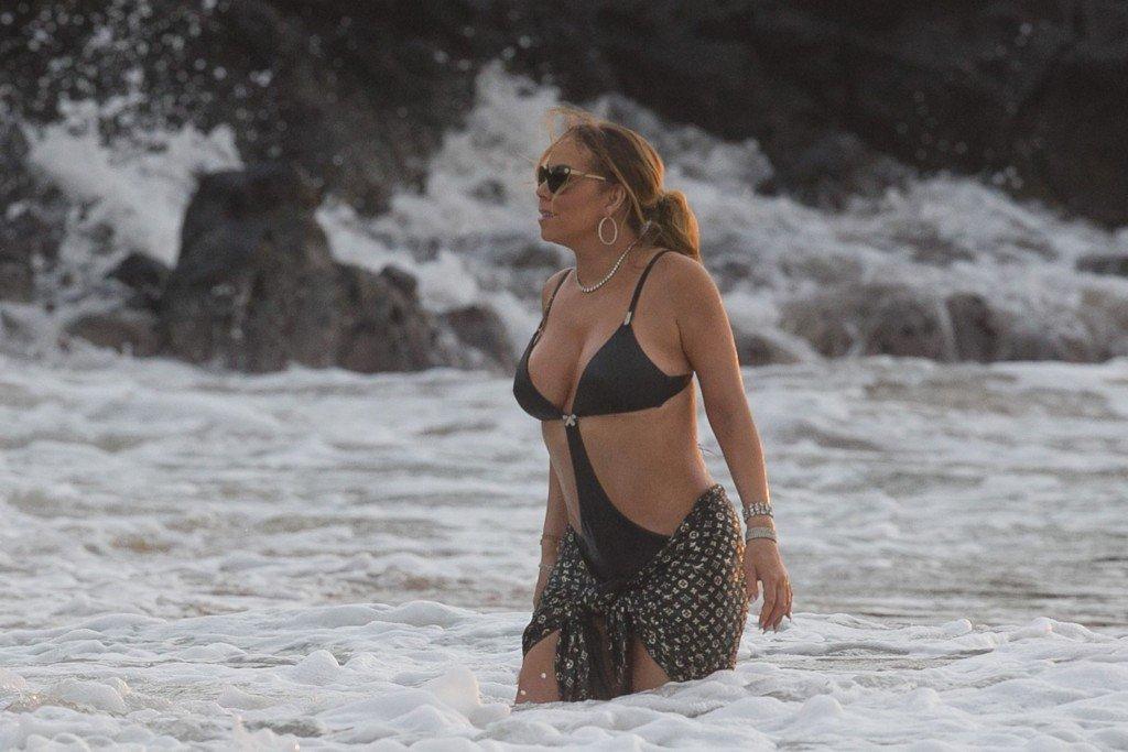 Mariah Carey Nip Slip 44