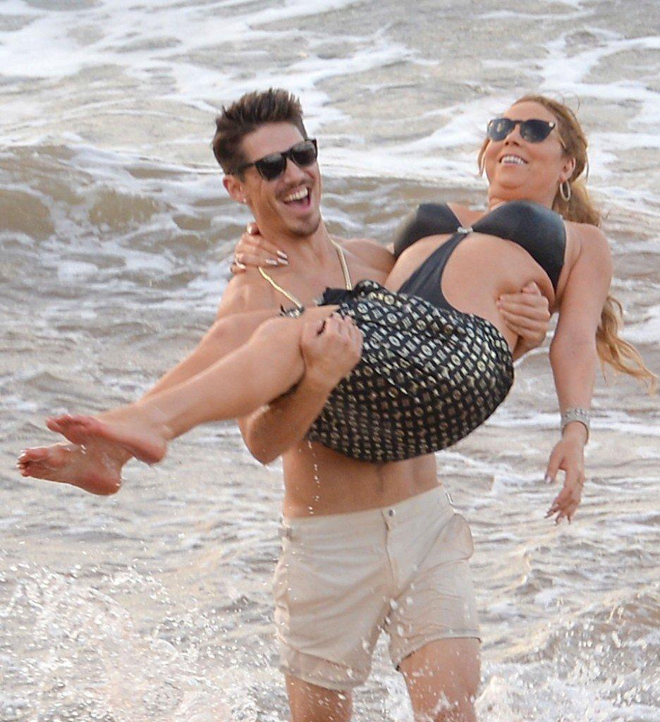 Mariah Carey Nip Slip 7