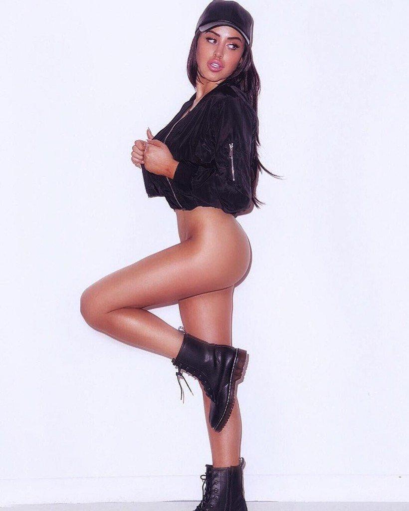 Marnie Simpson Nude Sexy 17