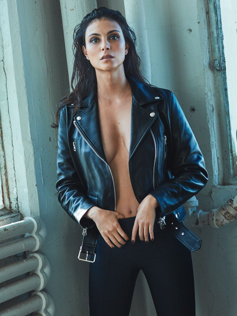 Morena Baccarin Sexy 6