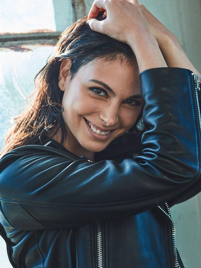 Morena Baccarin Sexy (16 Photos)